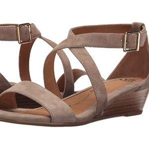 Sofft Innis Wedge suede sandal - 8.5